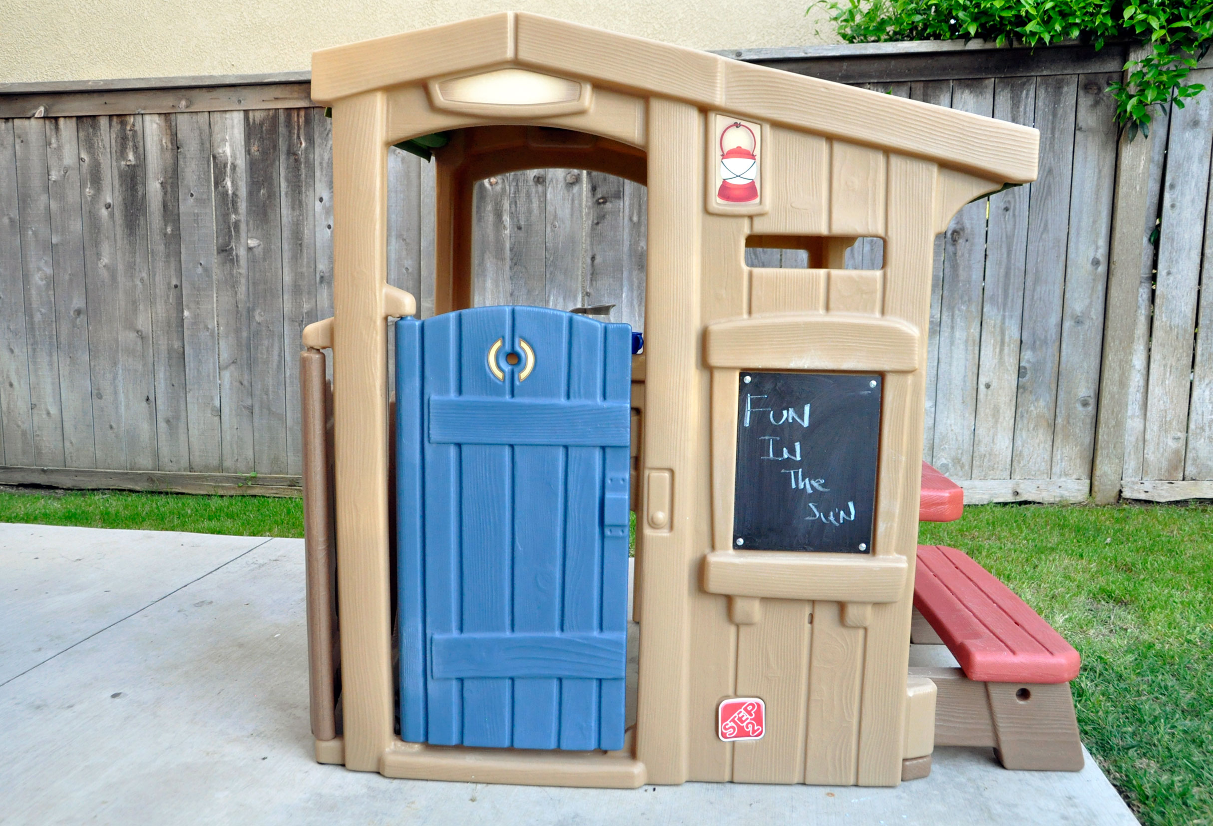Imaginative Outdoor Play With My Clubhouse by Step2