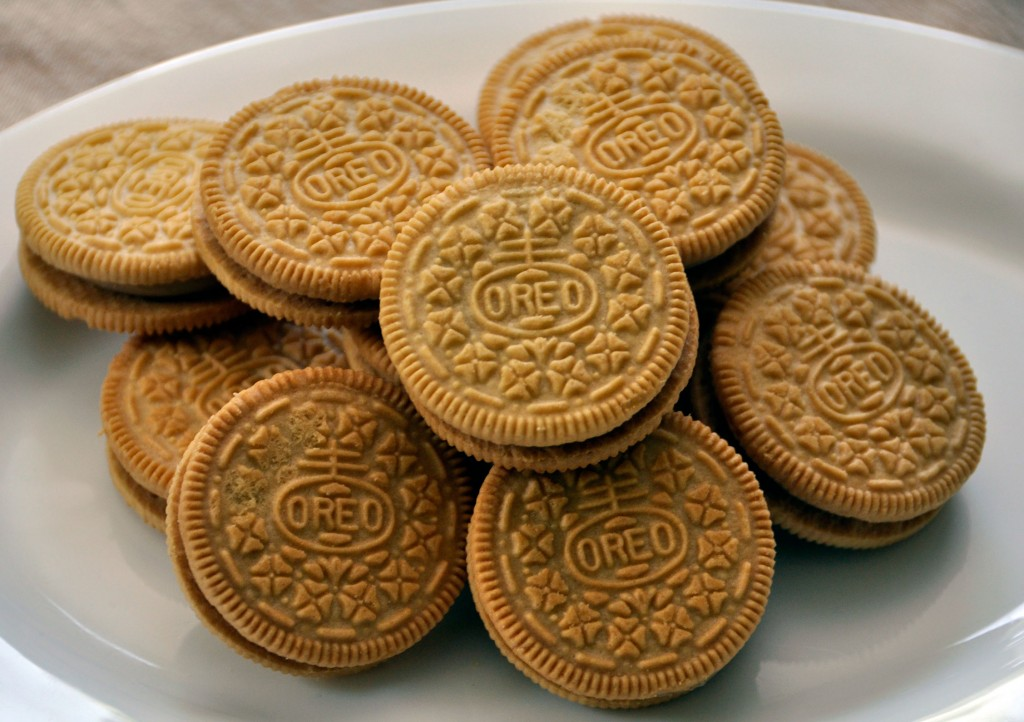 http://rockinmama.net/wp-content/uploads/2012/10/Oreo-Cookies-1024x722.jpg