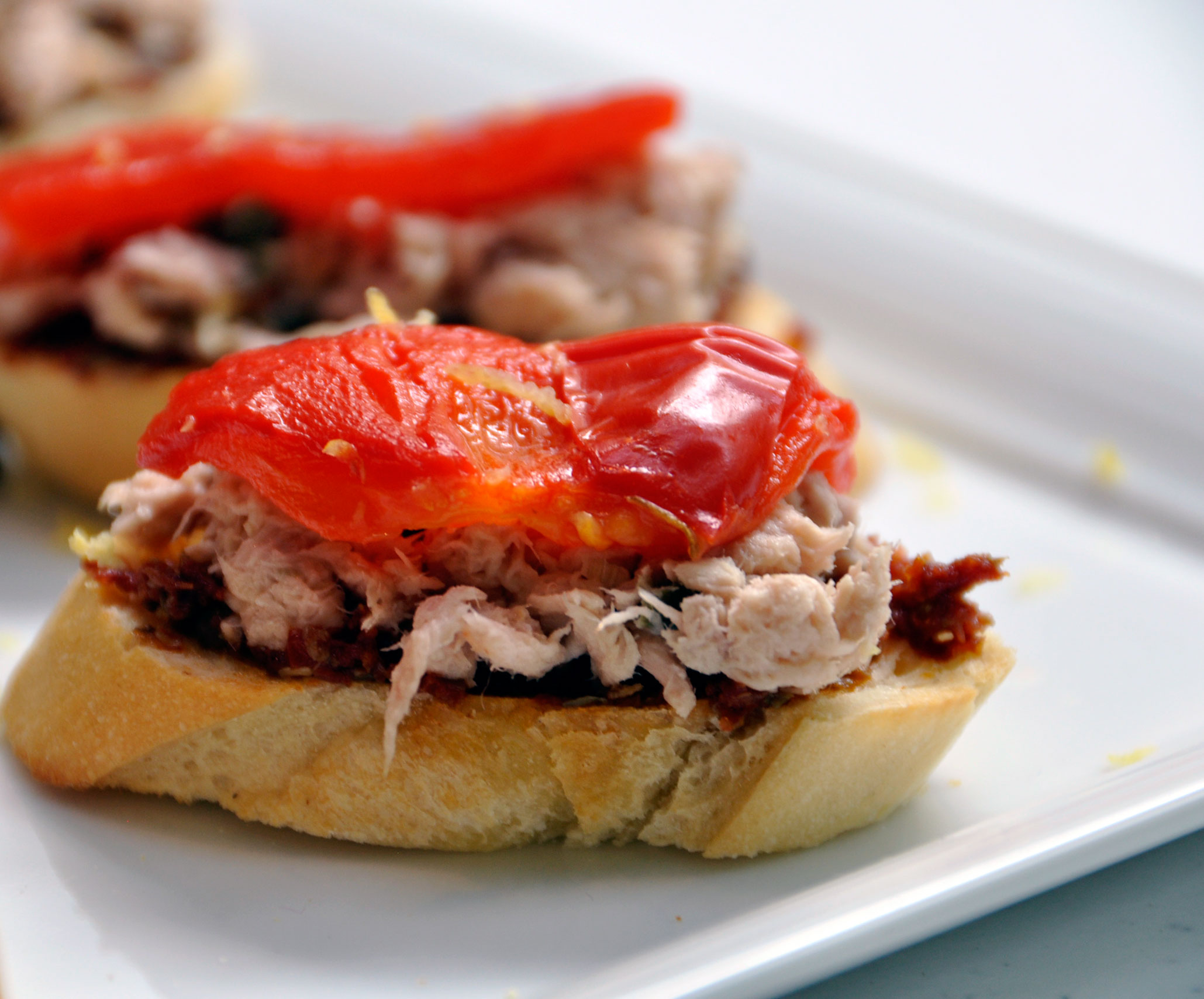 Holiday Appetizer Recipe: Tuna Crostini