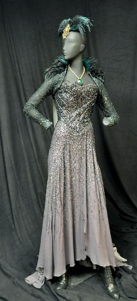 Eleanora's Costume