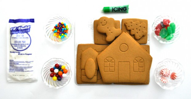 Easy no bake gingerbread house gingerbread house kit solutioingenieria Image collections