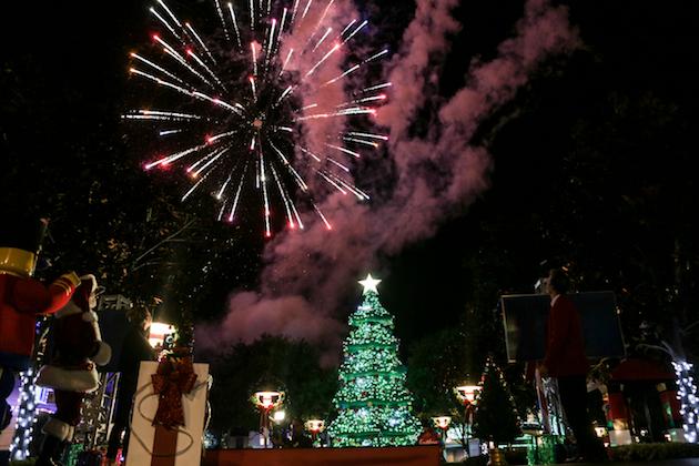Legoland Tree Lighthing