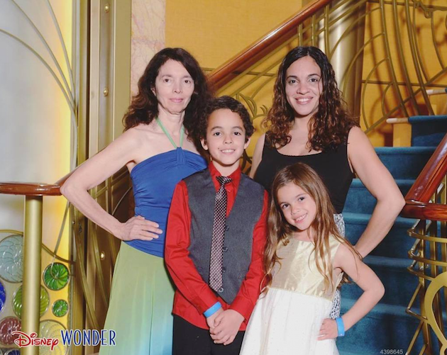 Disney Cruise Family Photo - Disney Cruise