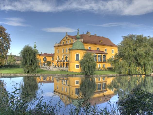 Castle Wasserburg - Castles