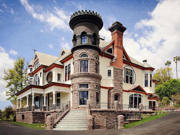 Piru Castle - Castles