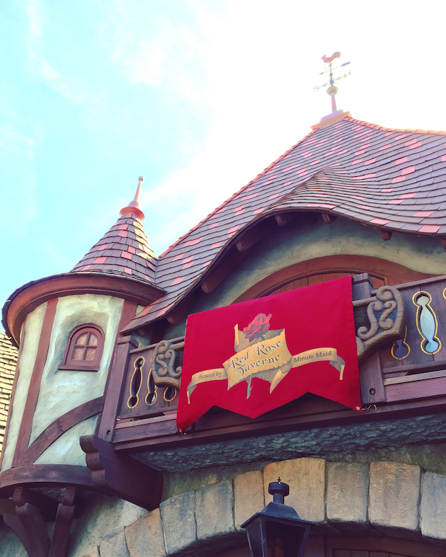 Red Rose Taverne - Beauty and the Beast