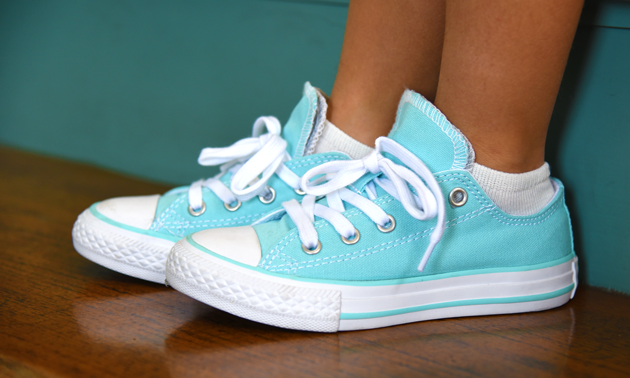 Converse Sneakers - Easter Outfit