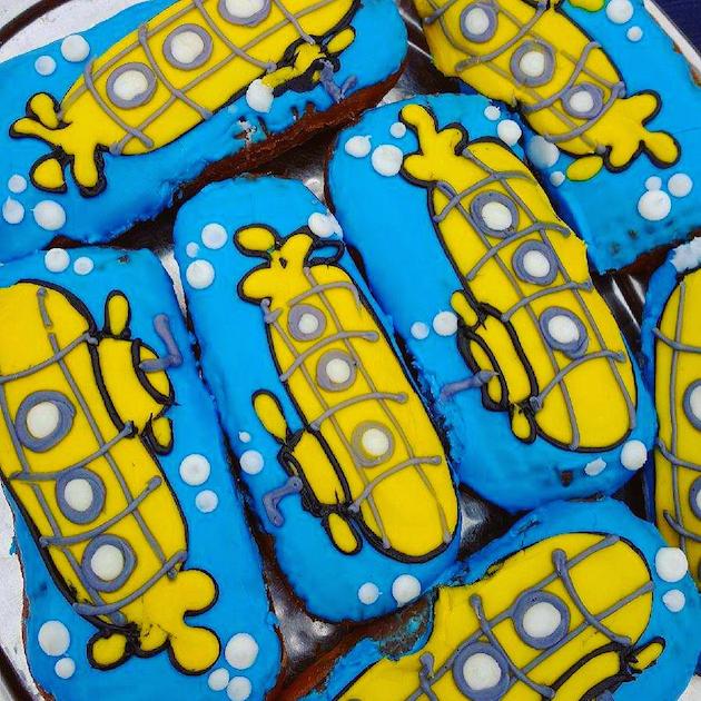 Submarine Donuts
