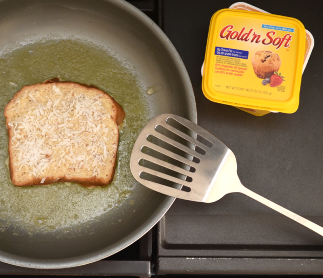 Cooking French Toast