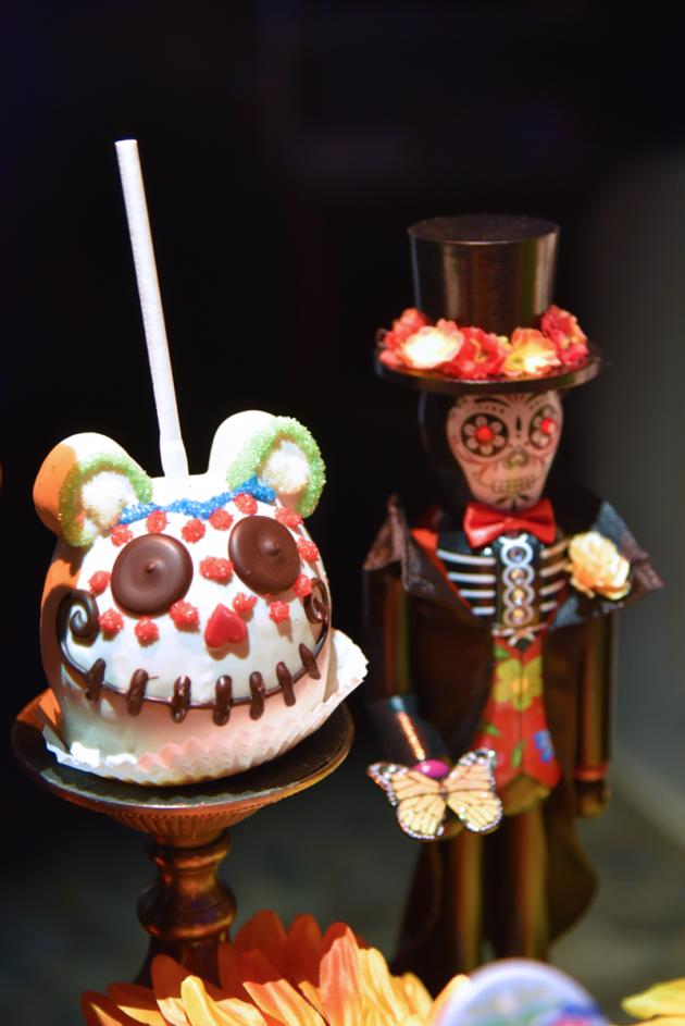 Dia de los Muertos Candy Apple