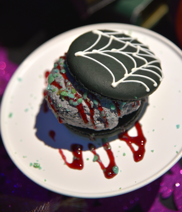 Spider Silk Ice Cream Sandwich