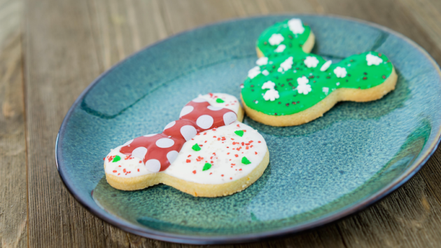 Holiday Mickey Minnie Cookies