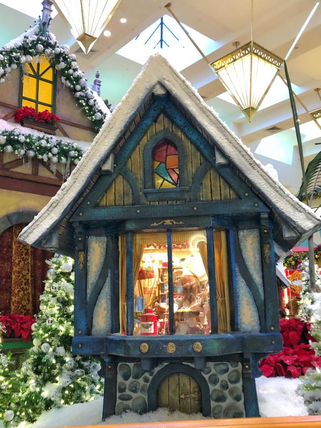 Lighted Christmas Display