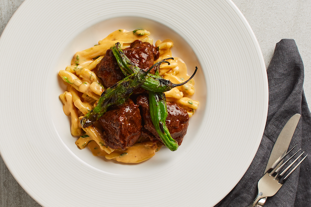 Chile-Braised Short Ribs & Chipotle Mac n Cheese