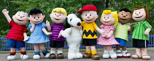 Peanuts Characters at Knotts Berry Farm