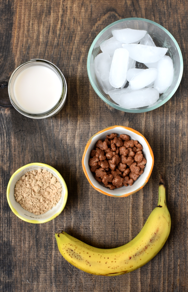 Banana Chocolate Peanut Butter Smoothie Ingredients
