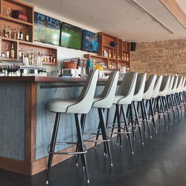 Splitsville Bar