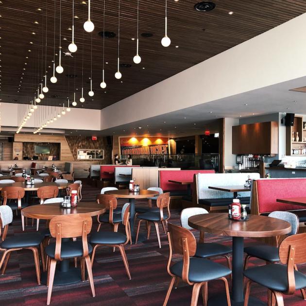 Splitsville Dining Area