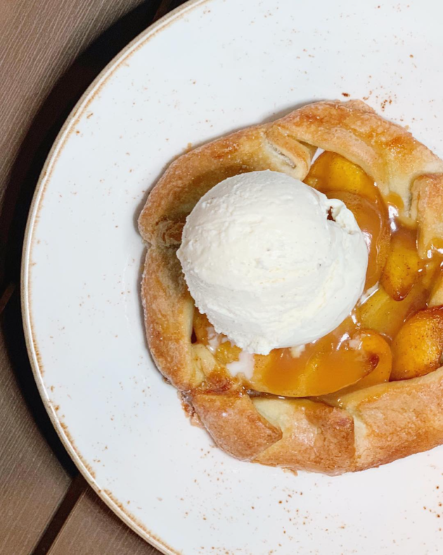 Peach Raspberry Hand Pie