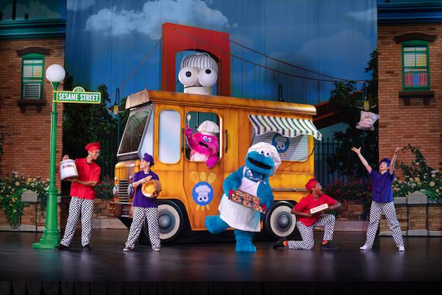 Sesame Street Live Cookie Monster Food Truck