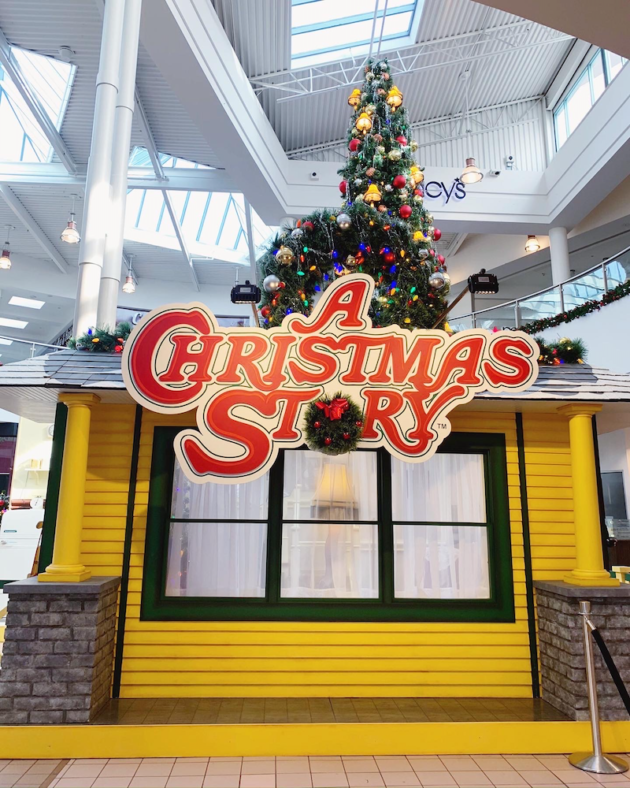 A Christmas Story at MainPlace Mall